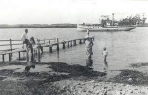 Badebroen ved Selsoe Moellekrog 1921[2]
